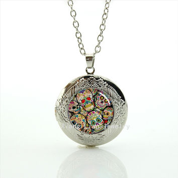 The newest fashion accessory sugar skull collage picture locket necklace wedding groom gift for women T810