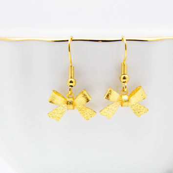 Textured Bow Earrings