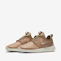NIKELAB ROSHE TWO LEATHER NikeLab Roshe Two Leather 'Vachetta Tan'.