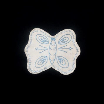 Mid Century 1950s Embroidered Butterfly Potholder, Linen with Blue Hand Embroidery, Hot Pads, Vintage Linens, Vintage Kitchen Linens