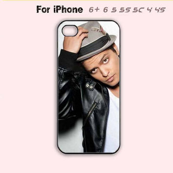 Hot Musician Bruno Mars Sexy Phone Case For iPhone7 7 Plus For iPhone 6 Plus For iPhone 6 For iPhone 5/5S For iPhone 4/4S For iPhone 5C-5 Colors Available