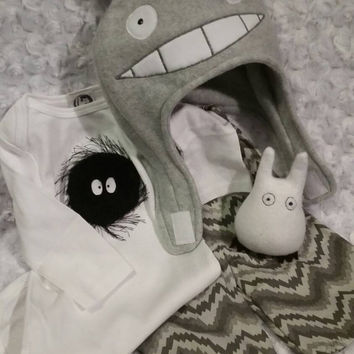 Totoro Newborn Baby Gift Set - Hat, Shirt, Pants and Rattle