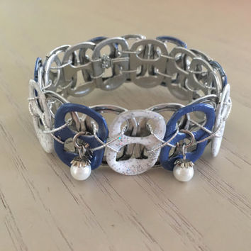 Blue and White Sodatab Bracelet with optional matching seashell earrings - Summer, novelty, fun jewelry set