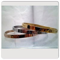 BEWARE of CHEAP IMITATIONS // Love Bangle by LaCoquetteBoutique