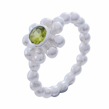 Arvino Sterling Silver Ring with Peridot Gemstone