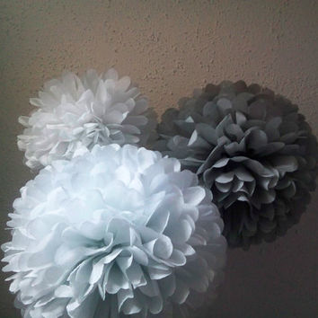 Tissue paper poms 16 Pom poms. Wedding decorations. Baby shower. Wedding anniversary. Bridal party. Party decorations * Set of 16