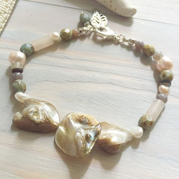 Mother of Pearl Bracelet - Natural Shell Bracelet - Freshwater Pearl & Shell Bracelet - Natural Earthtone Jewelry - Ivory Seashell Bracelet