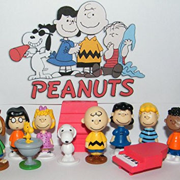 Peanuts Movie Classic Characters Toy Figure Set of 13 with Snoopy, Woodstock, Dog House, Linus, Charlie and More with a Special Decorative Figure!
