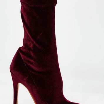 Plum Direct Point Toe Ankle Boots
