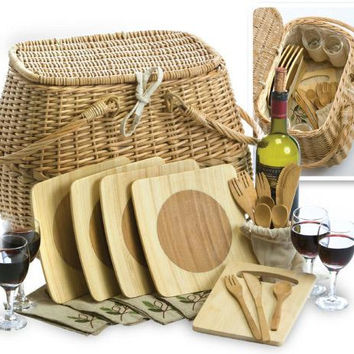 Picnic Basket - Made Of Natural Willow With A Cotton Lining