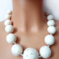 Wedding jewelry,White necklace,white felt balls,hand felted with love,beads,eco-frienly,classic jewelry for woman,Every bead was hand felted