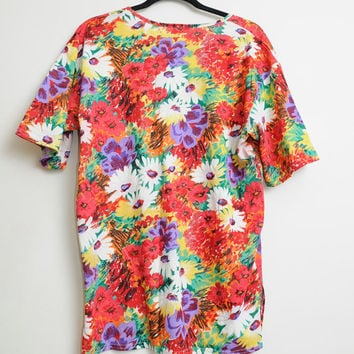 Vintage 80s/90s Bright and Funky Fresh Floral Print Flower T Shirt Unisex