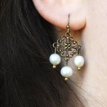 Baroque Pearl // vintage inspired chandelier earrings // antiqued brass with white pearls // bridal jewelry - girandole earrings