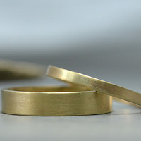 His and Hers 14K Gold Wedding Rings - Brushed Recycled Yellow Gold Wedding Rings - 4mm Men's Wedding Band 2mm Women's Wedding Ring