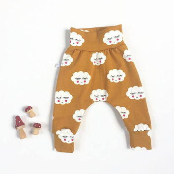 Organic baby harem pants with sleepy clouds. Yellow pants with same fabric waistband and cuffs. Comfortable toddler pants. Jersey knit.