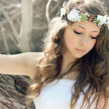 Flower Crown Millinery Leafs , Woodland Wedding, Hair Flower, Whimsical Headband, fairy wedding bridal,  white - MARIA -