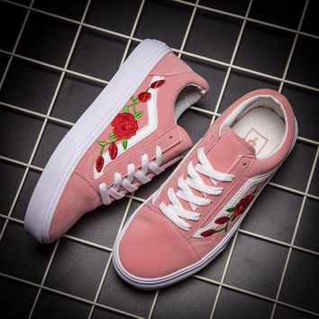 NOV9O2 Vans Classics Old Skool Rose Floral Embroidered Sneaker Women Casual Shoes