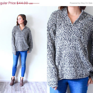 15% off VALENTINES SALE Vintage speckled black and white // grey winter sweater // jumper // boho sweater // oversized sweater // Christmas