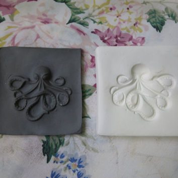 Octopus Clay Sprig Octopi Cthulhu Pottery Press Mold or Push Mold Clay Stamp for Ceramic Decoration and Texture