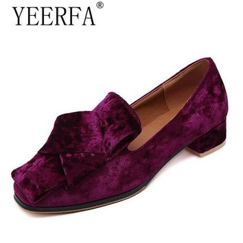 YIERFA Spring autumn Velvet Flats Slip On Vintage Oxfords Casual Knot Shoes Woman British Style Women Brogue Shoes EUR 35-40