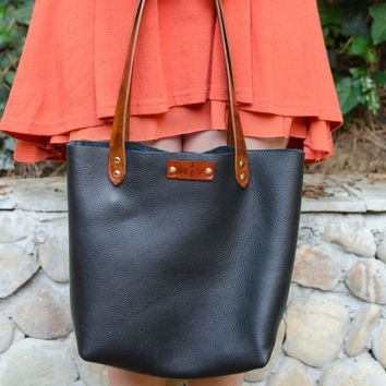 Leather Tote Bag in Black