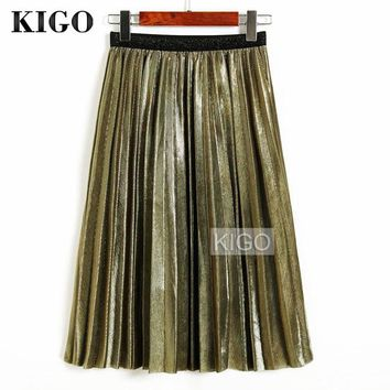 *Online Exclusive* Metallic Pleated Skirt
