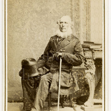 CDV Photo Victorian Seated Old Man, Big White Neck Beard, Top Hat Cane Portrait - Vandyke & Brown Liverpool - Carte de Visite Antique Photo