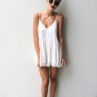 HOLD ON ME playsuit-white