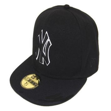 ESBON New York Yankees New Era MLB Authentic Collection 59FIFTY Hat Black-White