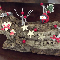 Christmas decor made by a natural cork log, Christmas log, made in Italy, nice decorated cork log