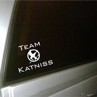 The Hunger Games inspired Mockingjay car decal by uniquevinyldesigns