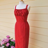 Marilyn Inspired Convertible Shoulder Strap Dress