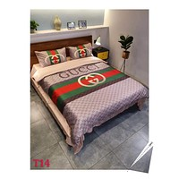 GUCCI Fashion Modal 4 Pieces Sheet Set Blanket For Home Decor Bedroom Living Rooms Sofa
