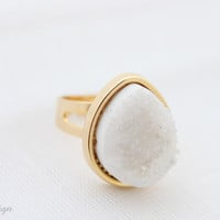 White Druzy Agate Teardrop Ring (W1)