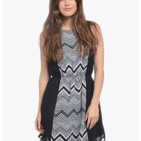 Black All In The Print Sleeveless Party Dress | $10.0 | Cheap Trendy Casual Dresses Chic Discount F
