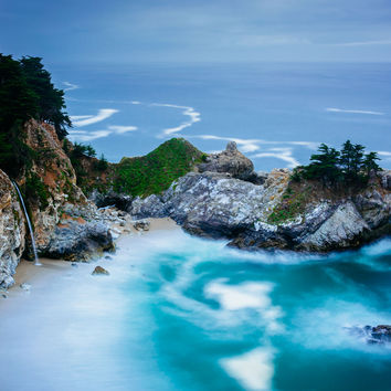 View of McWay Falls, at Julia Pfeiffer Burns State Park, Big Sur, California.