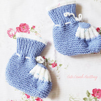 Knit Baby Booties, Knitted Baby's bootees, knitted boots, cosy and warm knitted baby boots, baby clothes unisex baby shoes Christmas gift