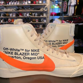 "Blazer Off-White ""All Hallow's Eve"" Sneaker"