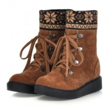Ethnic Suede Flat Boot with Snowflake Printed