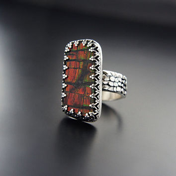 Dragon's Amulet | Silver Ammolite Ring