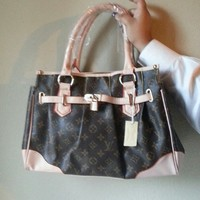 Louis Vuitton Replica