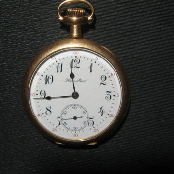 1900s USA Hamilton Gold Filled or Gold Clad Pocket Watch With Hand Engravings