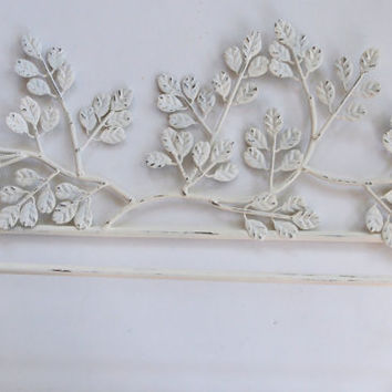 Towel Bar Holder Shabby Chic Iron Metal Leaf Design Painted Cottage White And Distressed Bathroom Home Decor