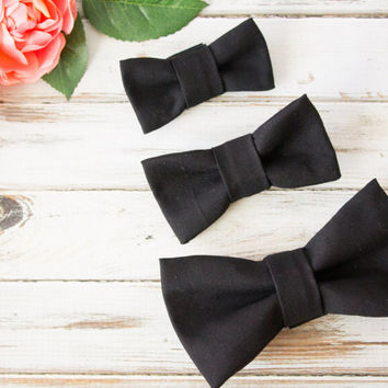 Black Bow Tie Attachable to Dog Collar I Dog And Bow