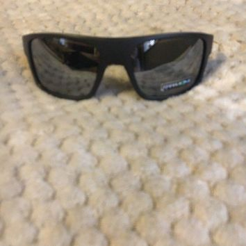Oakley Sunglasses Drop Point OO9367-08 Matt Black Prizm Black Polarized
