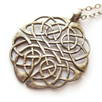 Vintage Irish sterling silver Celtic pendant and chain, Dublin hallmark 1994, Declan Killen maker's mark, intricate Celtic knotwork, #239.