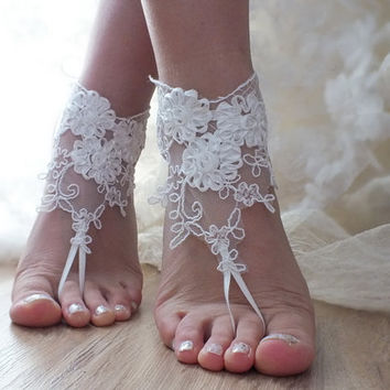 ivory Barefoot , french lace sandals, wedding anklet, Beach wedding barefoot sandals,  sandals,  free ship