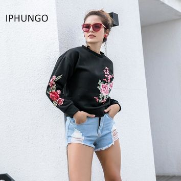 2017 Autumn Casual Floral Embroidery Hoodies Women Long Sleeve Pullover Fall Black Embroidered Hoodies Female Sweatshirt