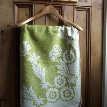 large vintage floral blanket throw green cream woven bedroom flowers, english country cottage uk