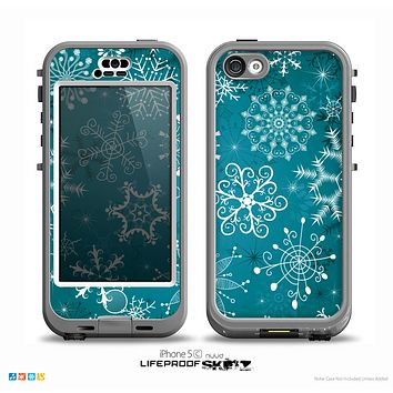 The Intricate Snowflakes with Green Background Skin for the iPhone 5c nüüd LifeProof Case